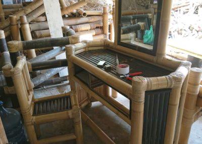 Furniture Dari Anyaman Bambu