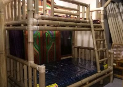 Tempat Tidur Tingkat Dari Bambu