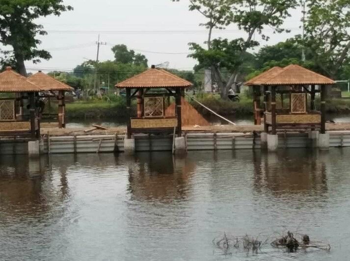 Mancing Ikan Lebih Santai Diatas Gazebo Bambu