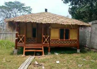 Rumah Bambu Sederhana