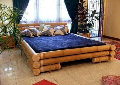 Tempat Tidur Bahan Bambu